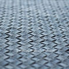 How To | Intrecciato Weave with fabric | Free Pattern & Tutorial at CraftPassion.com