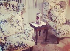 Accent Chairs, Furniture, Home Decor, Manualidades, Upholstered Chairs, Decoration Home, Room Decor, Home Furnishings, Home Interior Design