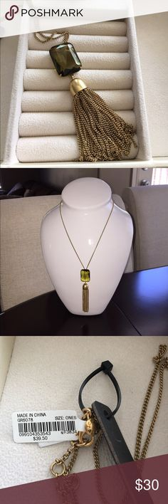 • J Crew • NWT J Crew 'Huran' pendant necklace. Gold tassel and hardware detail. Chain length is 28 inches.                                                                    ❌Trades  💯Authentic  ❌PayPal  💕Discounts on Bundles  ✅Offers Welcome  🙋Yes to Questions J. Crew Jewelry Necklaces
