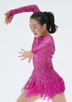 NHK杯・女子ショートプログラム(SP)で演技する浅田真央=長野・ビッグハット(2015年11月27日) 【時事通信社】 (428×600) http://www.jiji.com/jc/d4?d=d4_asa&p=mao505-jpp020371886