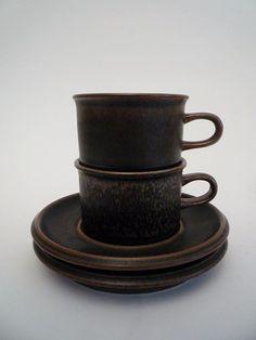 Vintage Arabia Finland Ruska Cups. Designer Ulla Procopé 1960.