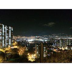 Lo más chimba tiene nombre #Medellin  by dgoodzilla