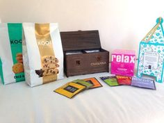 Combo Relax Inti Zen Chamana & Koo! ($415) Contiene: -1 Caja Calada Doble -1 Taza -1 Estuche Chamana Relax -1 Koo! Butter Cookies Coco&Coco -1 Koo! Cantuccini con Chips de Chocolate -1 Cookies&Tea Chocolate Lovers