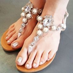 ROAD TO ROYALTY SANDALS