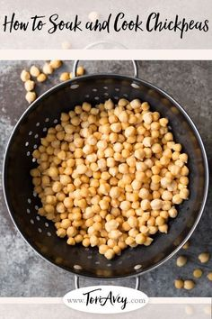How to Soak & Cook Chickpeas. Learn how to prepare garbanzo beans for use in recipes. Includes storage and freezing techniques. These chickpeas are perfect for making your own hummus! Garbanzo Bean Recipes, Cooking Garbanzo Beans, Chickpea Recipes, Vegetarian Recipes, Cooking Recipes, Hummus Recipe From Dry Beans, Hummus Recipe Dried Chickpeas, Cooking Tips, Vegetarian Food