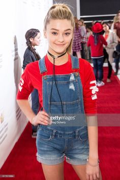Actress Lizzy Greene arrives for the Elizabeth Glaser Pediatric AIDS... News Photo | Getty Images
