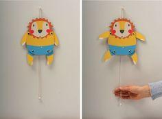 Dancing paper lion from Zenzi-Design.