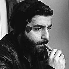 beard a man..