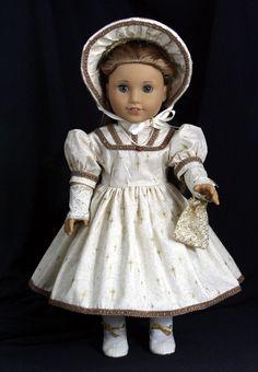 Pretty holiday dress & bonnet