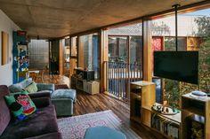 Casa com arquitetura brutalista e decoração moderna em SP | CASA CLAUDIA