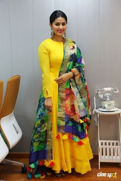Yellow kurti with multicolored dupatta Sneha at V Care Multispeciality Clinic Launch (2)