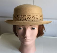 6f44f7607f214a 70s Butterscotch color 100% wool felt women hat medium 21 3/4 inches Made  in Britain