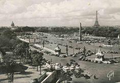 La place/parking de la Concorde vers 1950 (ancienne carte postale).