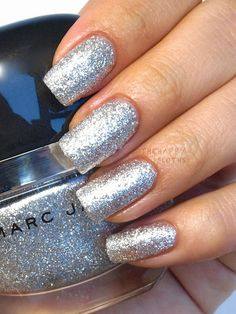 Marc Jacobs Nail Polish in Glinda Swatches