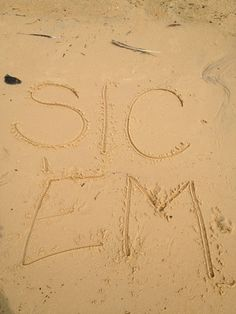 We are #BaylorProud on the Fairhope, AL beach!!! (via @AdrieneCaton) #sicem