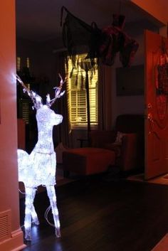 Harry potter party decoration idea - dementor and patronus - PATRONUS, CHRISTMAS REINDEER LIT WITH LED WHITE LIGHTS