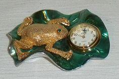 """Elgin Frog Clock SMALL 3"""" Mini Metal Vtg Quartz Figural 3D Lily Pad Fly #Elgin"""