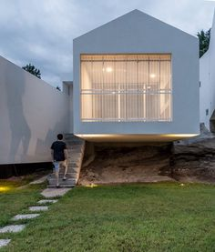 5 Houses, Córdoba, 2014 - Carlos Alejandro Ciravegna
