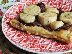 Folhado de Banana e Nutella. Receita com apenas 4 ingredientes disponível em http://gordelicias.biz.