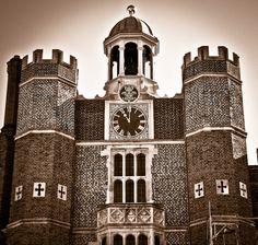 """Hampton Court Palace"" by Matt Heeley"