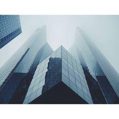 . . .  #paris #parisienne #parisian #france #photography #instatravel #traveling #travelingram #wanderlust #travel #igtravel #ig_minimalist #urbanexploration #urban #urbanism #city #dope #mood #mental #mind #architecturelovers #architecture #symetry #geometric #ladefense http://tipsrazzi.com/ipost/1506137847308397861/?code=BTm4GRrlq0l