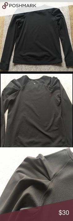 """Lululemon """"Lab City"""" Long Sleeve Top Top is slightly heavy, durable yet soft material with awesome pleated shoulders -- very flattering. Top is a size 8. **Top was bought used and does have a defect on back right shoulder of what seems to be rust colored paint or stain. lululemon athletica Tops Tees - Long Sleeve"""