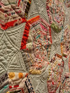 the quilting on this spiderweb is totally out of this world