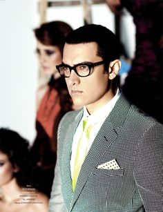 ok i dont understand how he still is so attractive at fraackin 48 Aamir Khan