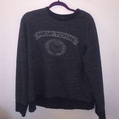 J crew Men's large vintage fleece Wear with leggings super comfy, or buy for your Boyfriend J. Crew Sweaters