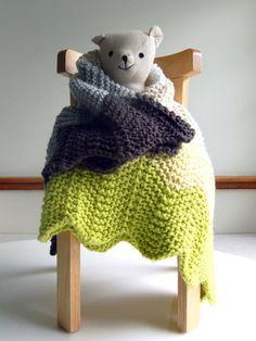 Chevron knit baby blanket