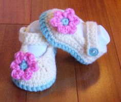 Holly Baby Shoes  Baby Girl Shoes  Mary Jane от RainyDayCraftCo, $20.00