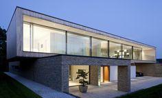 Hurst House by John Pardey Architects