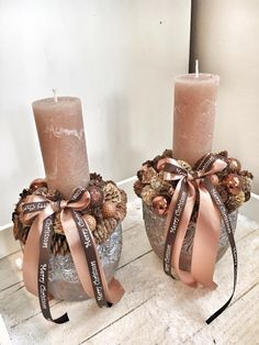 Christmas Candle Centerpieces, Rose Gold Christmas Decorations, Christmas Advent Wreath, Christmas Mood, Pink Christmas, Xmas Decorations, Christmas Crafts, Candle Arrangements, Christmas Arrangements