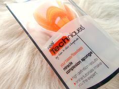 Real Techniques Miracle Complexion Sponge // Review