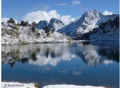 Si quieres conocer a fondo los Pirineos Centrales contacta con Ricard Novell. Con él podrás recorrer los valles que se esconden detrás de las montañas más altas de la cordillera pirenaica...