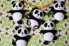 Articles similaires à Baby Mobile - Baby Crib Mobile - Nursery Family Prancing Pandas Mobile - Panda Mobile - Bamboo Trees Mobile (You can pick your colors) sur Etsy