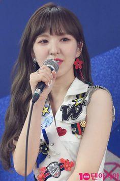 Kpop Girl Groups, Korean Girl Groups, Kpop Girls, Park Sooyoung, Wendy Red Velvet, Kim Yerim, Red Velvet Seulgi, Korean Bands, South Korean Girls