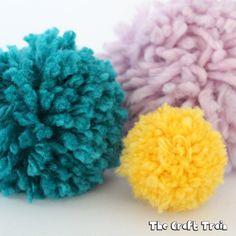 Diy Crafts Ideas DIY cardboard pom pom maker -Read More – Crafts For Kids To Make, Crafts For Girls, Crafts To Sell, Children Crafts, Mandalas Painting, Mandalas Drawing, Painting Art, Diy Crafts Videos, Craft Tutorials