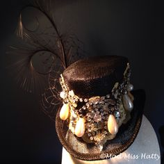 Steampunk gothic inspired top hat fascinator, perfect for Halloween ❤️