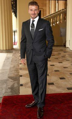 David Beckham Terno, David Beckham Fotos, Moda David Beckham, David Beckham Suit, David Beckham Style, David Beckham Young, Young Mens Suits, The Beckham Family, Blazer Outfits Men