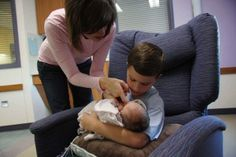 {Professional Insight} What is NICU Family-Centered Care? By Dr. Patrick Hodges, Neonatologist - For more like this visit www.handtohold.org/Resources/meet-the-provider