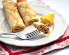 British Pancake Recipe from Honest Cooking - ready for Pancake Day! Brunch Recipes, Breakfast Recipes, Pancake Recipes, Perfect Pancake Recipe, Great Recipes, Favorite Recipes, Pancake Day, Thing 1, Recipes