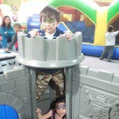 #hippohopp - Dragon holds Princess captive in basement of castle