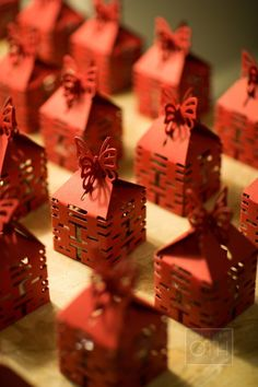 Pretty little favor boxes || Gallery & Inspiration | Category - Favors | Picture - 1180850
