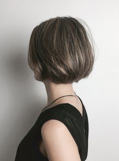 Medium Hair Styles, Short Hair Styles, French Bob, Blunt Bob, Ombre Hair Color, Short Hairstyles For Women, Hair Hacks, Dyed Hair, Hair Inspiration