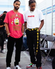 Big Sean and Asap Rocky two of the most high fashion influential rappers and style icons of street wear and high fashion. imagine the bunny on these guys Asap Rocky Outfits, Fashion Mode, Fashion Killa, Mens Fashion, Urban Fashion Girls, Hip Hop Fashion, High Fashion, Big Sean, Mode Streetwear