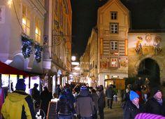 Schnäppchenjagd in Österreichs größtem Freiluft-Einkaufszentrum Steyr, Austria, Times Square, Street View, City, Travel, Shopping, Shopping Mall, Hunting