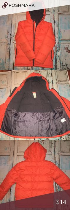 Boy's Puffer Coat Boy's Bright Orange Puffer Coat. Size 8 (M). New Condition. Very thick & fully lined. Front Pockets. Hooded. Faded Glory Jackets & Coats Puffers