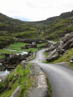 Gap of Dunloe, County Kerry, Ireland | Photo Place