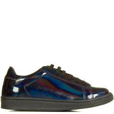 839bd15815 Tênis Preto Holográfico Taquilla - Taquilla - Loja online de sapatos  feminino R$99,90 5x de R$19,98